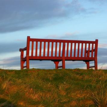 bench-185234_1920